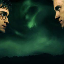 Harry-Potter-vs-Draco-Malfoy-harry-potter-3181830-791-439-pKW63c.jpg